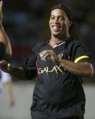 Ronaldinho-fat-239x300_display_image