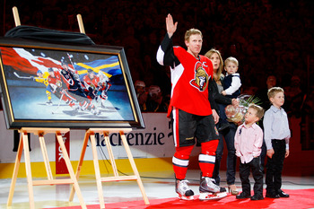 Daniel Alfredsson with his family on April 10, 2010 before a game against the Buffalo Sabres.