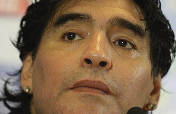 Maradona_2010-1_display_image