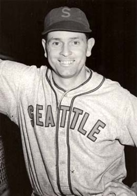 Earlaverill-baseball-seattlerainiers-1941_display_image