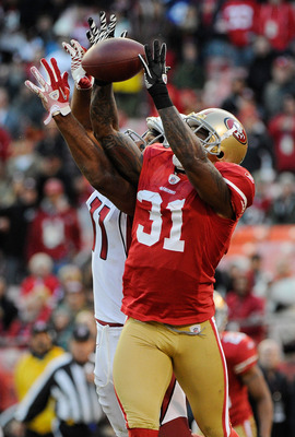 Donte Whitner provides a steadying influence for the 49ers
