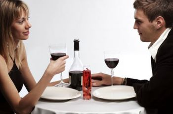 Couple-date-at-home_display_image
