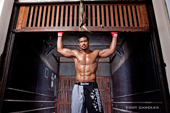 Mark-munoz-lifting-gate_display_image