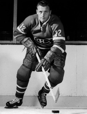 Image Source: http://i.cdn.turner.com/si/multimedia/photo_gallery/1009/nhl.greatest.players.by.jersey.number/images/12-dickie-moore.jpg