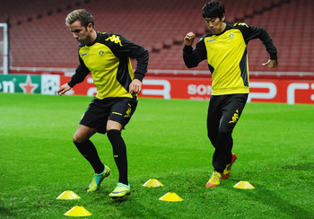 Mario Goetze and Shinji Kagawa: Stepping out of Dortmund together?