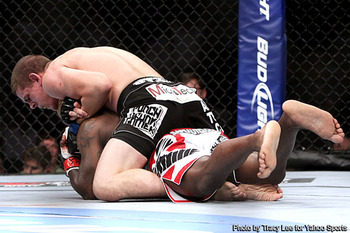Guillard_shocked_by_lauzon_at_ufc__display_image