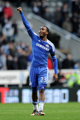 NEWCASTLE , ENGLAND - DECEMBER 03:  Daniel Sturridge of Chelsea salutes the fans at the end of  the Barclays Premier League match between Newcastle United and Chelsea at the Sports Direct Arena on December 3, 2011 in Newcastle, England.  (Photo by Gareth