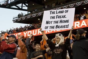 Giants-fan-supports-pitcher-tim-lincecum-in-san-francisco_11_display_image