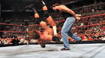 Kevin-nash-vs-triple-h1_display_image