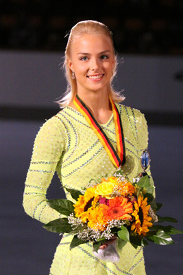 Kiira_korpi_nebelhorn_trophy_2009_podium_display_image