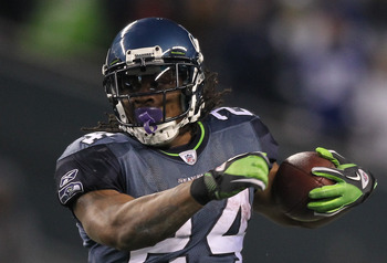 SEATTLE, WA - DECEMBER 12:  Running back Marshawn Lynch #24 of the Seattle Seahawks rushes against the St. Louis Rams at CenturyLink Field on December 12, 2011 in Seattle, Washington. (Photo by Otto Greule Jr/Getty Images)