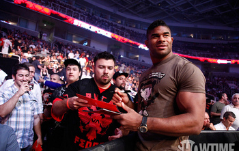 Alistair Overeem has his eye on the UFC Heavyweight Belt.