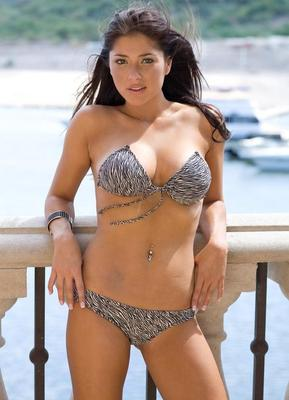 Arianny_celeste_display_image