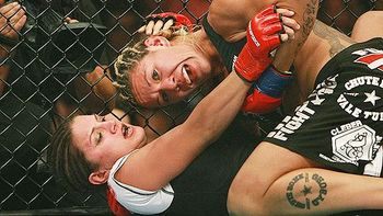 Mma_carano_santos1_576_display_image
