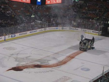 Bloodyzamboni001_display_image