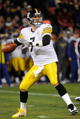 SAN FRANCISCO, CA - DECEMBER 19:  Quarterback Ben Roethlisberger #7 of the Pittsburgh Steelers drops back to pass against the San Francisco 49ers at Candlestick Park on December 19, 2011 in San Francisco, California.  (Photo by Thearon W. Henderson/Getty