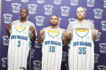 Al Farouq-Aminu, Eric Gordon and Chris Kaman