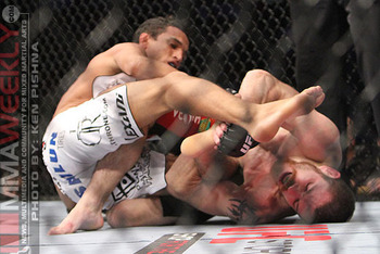 Image courtesy of MMAWeekly