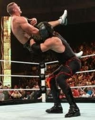 WWE Raw In A Nut Shell (New thing I'ma do.) Kane1_display_image