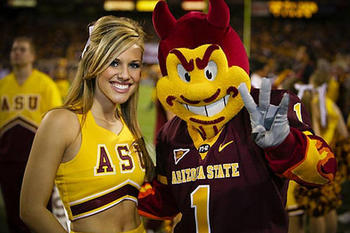 Arizona-state-cheerleader-sparky1_original_display_image