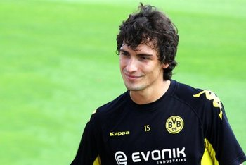 Z9176783xmats-hummels_display_image