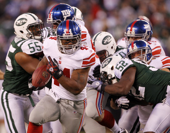 Ahmad Bradshaw and the Giants ran past the Jets