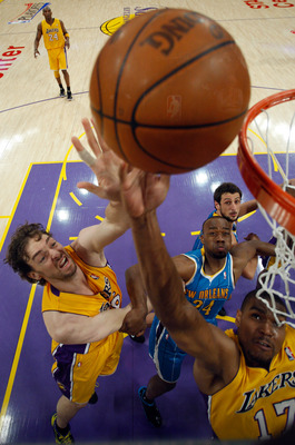 The Lakers can become a dominant rebounding team