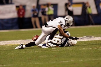 111011-raiders-74--nfl_medium_540_360_display_image