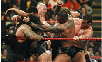 30-man-royal-rumble-match_display_image
