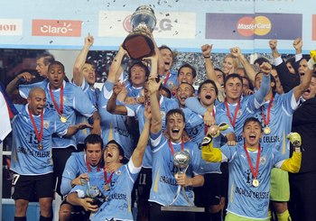 Uruguay-campeon-copa-america-2011_display_image