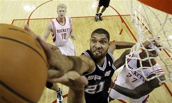 114418_aptopix_spurs_rockets_basketball_display_image
