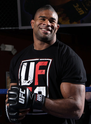 Alistairovereem9_display_image