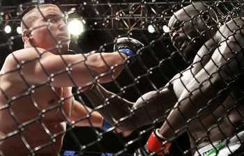 Kongo_scores_eyepopping_comeback_knockout_over_barry_large_display_image