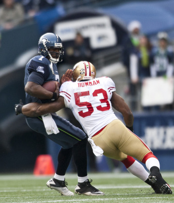 NaVorro Bowman sacks Tarvaris Jackson of the Seahawks