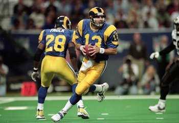 Kurt Warner led the &quot;Greatest Show on Turf&quot; to a victory in Superbowl XXXIV