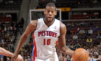 Greg-monroe-dribble_display_image