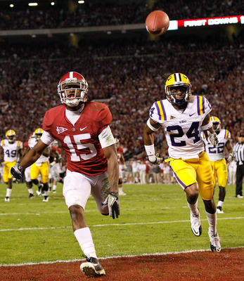 TUSCALOOSA, AL - NOVEMBER 05:  Darius Hanks #15 of the Alabama Crimson Tide against Tharold Simon #24 of the LSU Tigers at Bryant-Denny Stadium on November 5, 2011 in Tuscaloosa, Alabama.  (Photo by Kevin C. Cox/Getty Images)