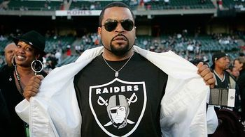 Ice-cube-raiders1_display_image