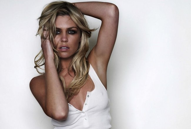 Abbey_clancy_hat_pictures-1310180274_original_original_crop_650x440