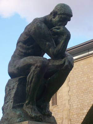 The_thinker_close_display_image