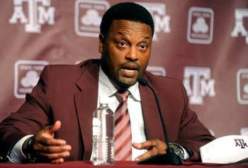 Texas_a_m_sumlin_football_22517907_display_image