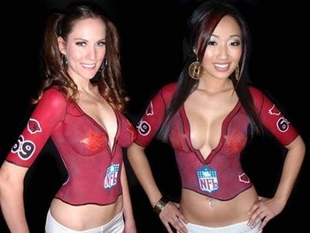 14sportsjerseybodypainting_display_image