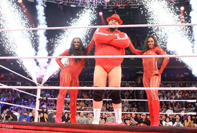 Ariane-naomi-wwe-raw-debut_crop_650x440