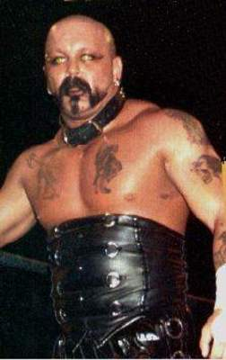 Perry Saturn 2012