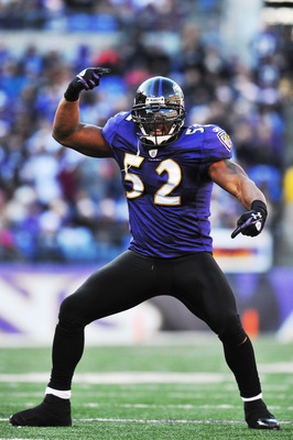 Ray Lewis (52) is ready to make some Texans turn purple.