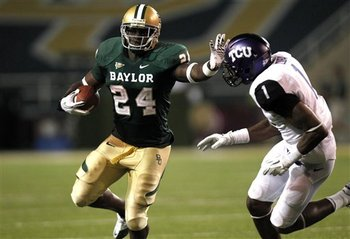 Terrance Ganaway rushes against TCU