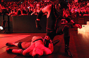 20120104_raw_kane_cena_display_image