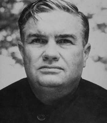 Alabama head coach Frank Thomas