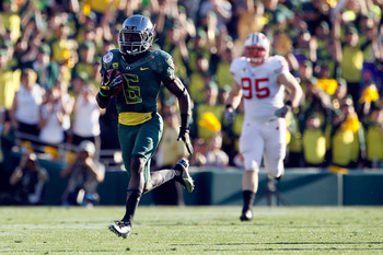 True Freshman De'Anthony Thomas scorches the Badger defense for a 91 yard touchdown in the 2012 Rose Bowl