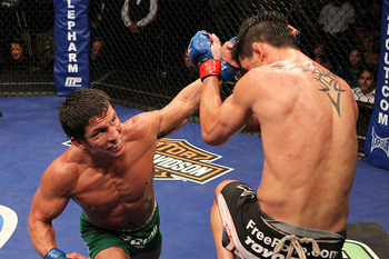 Wec-818-dominick-cruz-vs-joseph-benavidez-08-19-10-1-56-47-958_display_image